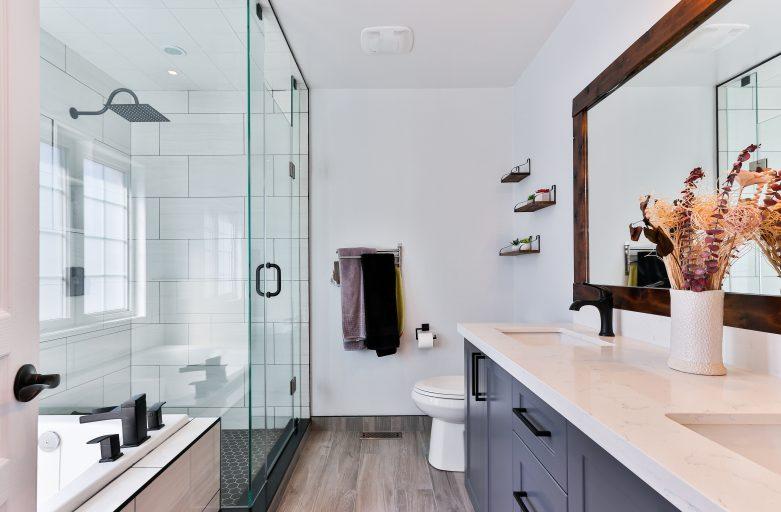 Badezimmer auf den Dachboden- Wie man ein Bad funktionell und stilvoll eigentlich einrichtet?